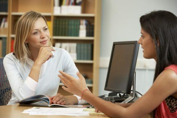 Bewerbungsgespräch UNI: Dadurch wirken Sie Glaubhaft