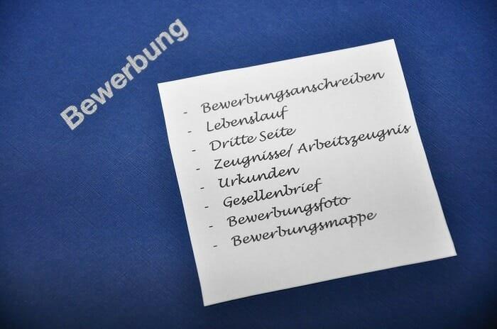 Die 10 wichtigsten Punkte einer vollständigen Bewerbung